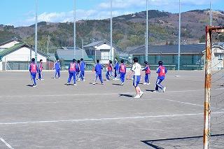 2月9日(火) 授業の様子(3年体育)