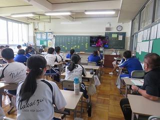 8月26(木) 教室でパラ観戦